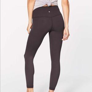 Pelt align pant size 4 like new